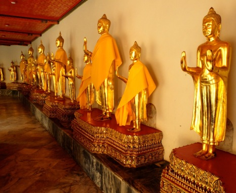 More beautiful gold statues of the Buddha