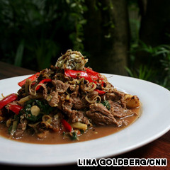 Red-tree-ants-with-beef-and